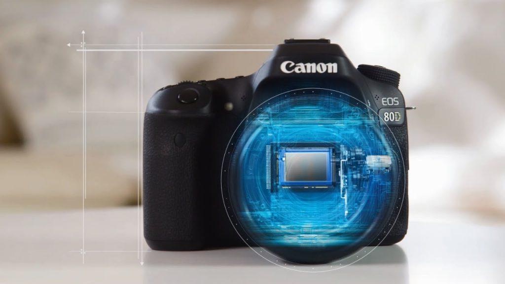 سنسور APS-C CMOS و پردازشگر تصویر DIGIC 6 دوربین Canon EOS 80D