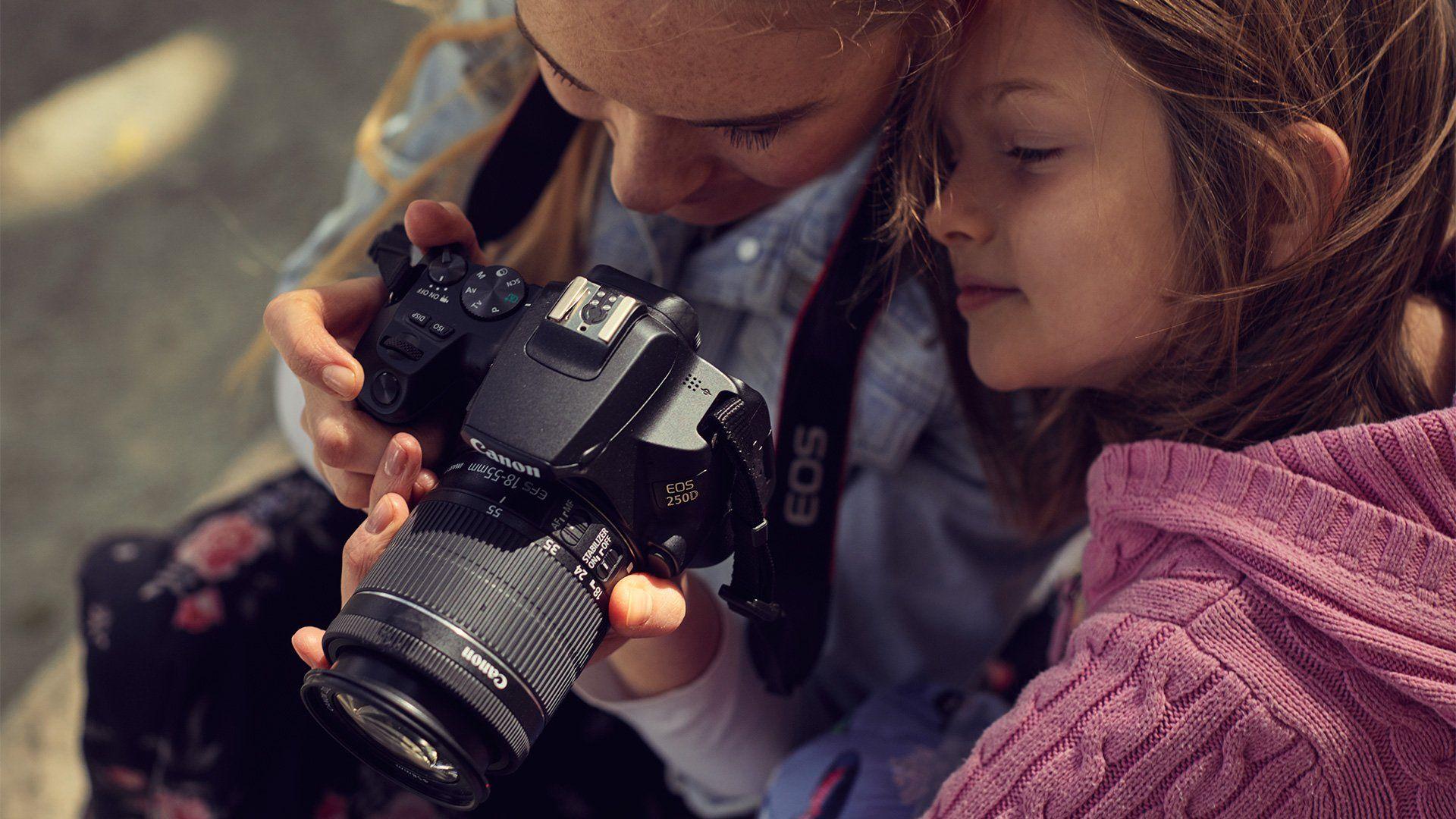 250d family photography 1 1920x1080 d3af94d2 7b91 11e9 ab6e b8ac6f21b630