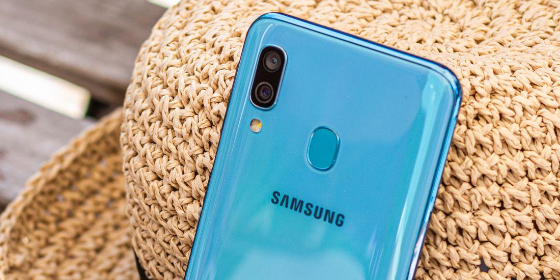 گوشی موبایل سامسونگ گلکسی A40 ظرفیت 64 گیگابایت 7