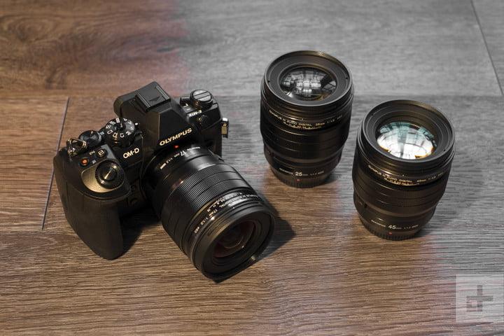 لنز قابل تعویض دوربین